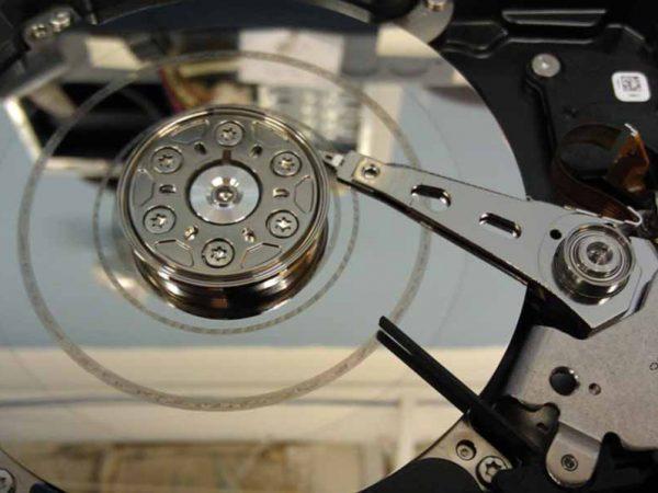 recuperació de dades lleida hdd hard disk drive headcrash